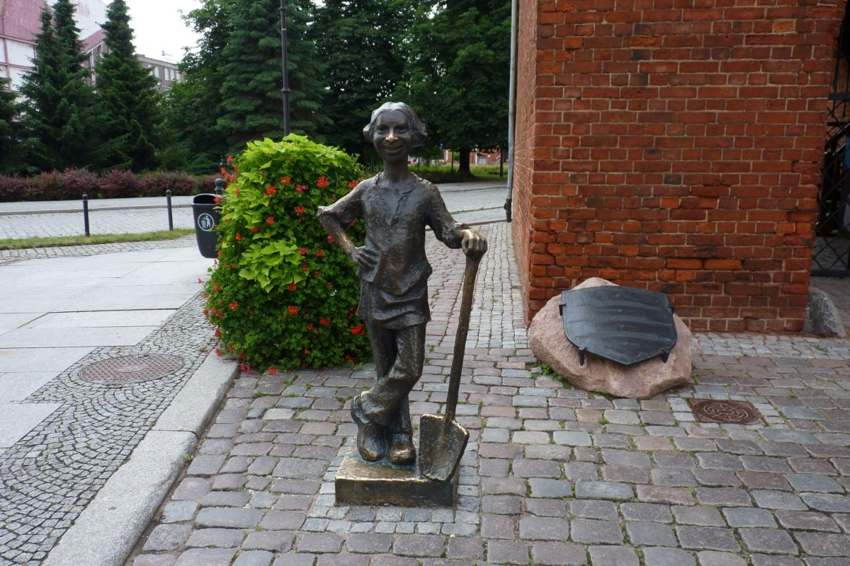 Pomnik Piekarczyka w Elblągu