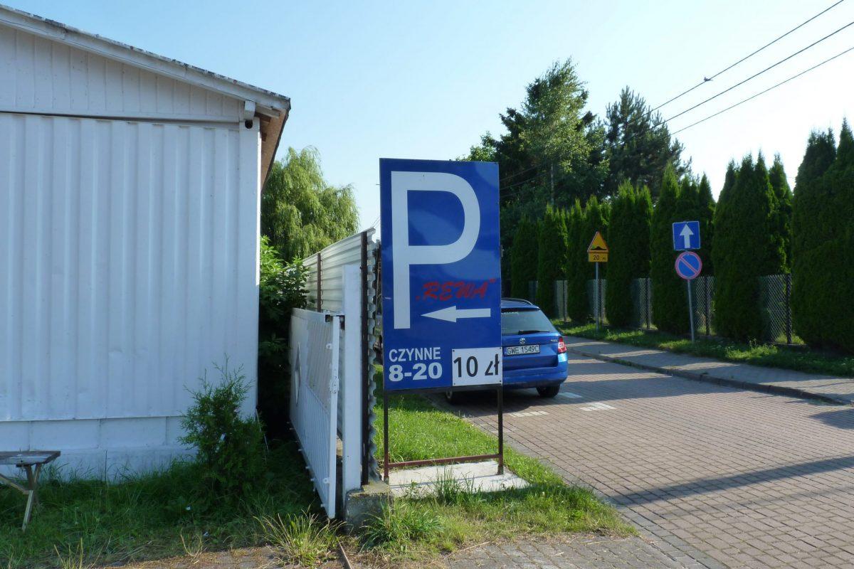 parking w Rewie